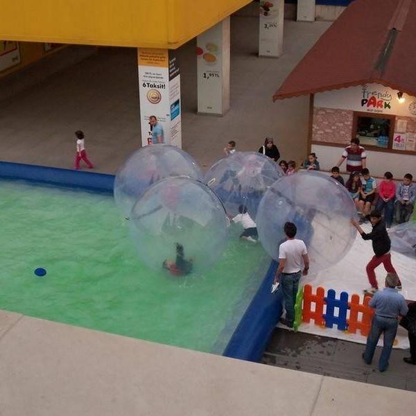 Waterball-su-topu